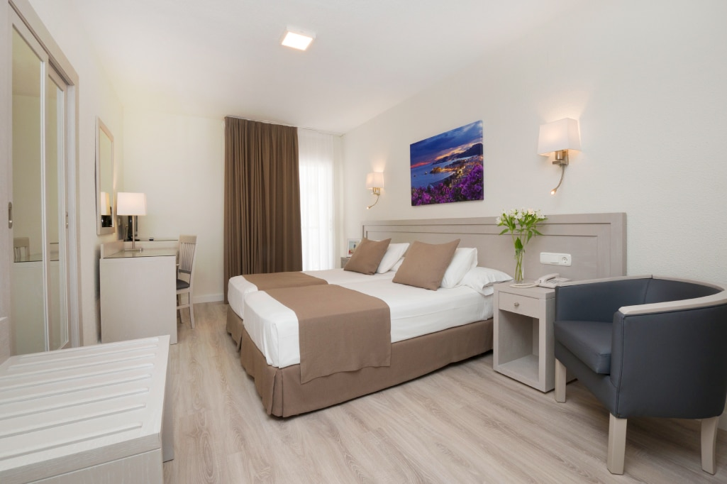 Hoteles Helios habitacion clasica 3